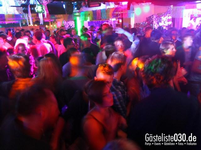 https://www.gaesteliste030.de/Partyfoto #123 Q-Dorf Berlin vom 19.09.2012