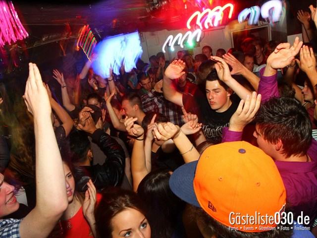 https://www.gaesteliste030.de/Partyfoto #77 Q-Dorf Berlin vom 19.09.2012