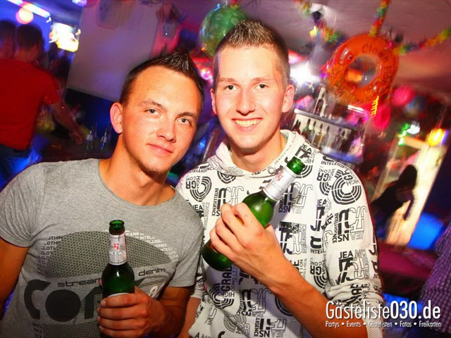 https://www.gaesteliste030.de/Partyfoto #247 Q-Dorf Berlin vom 10.08.2012