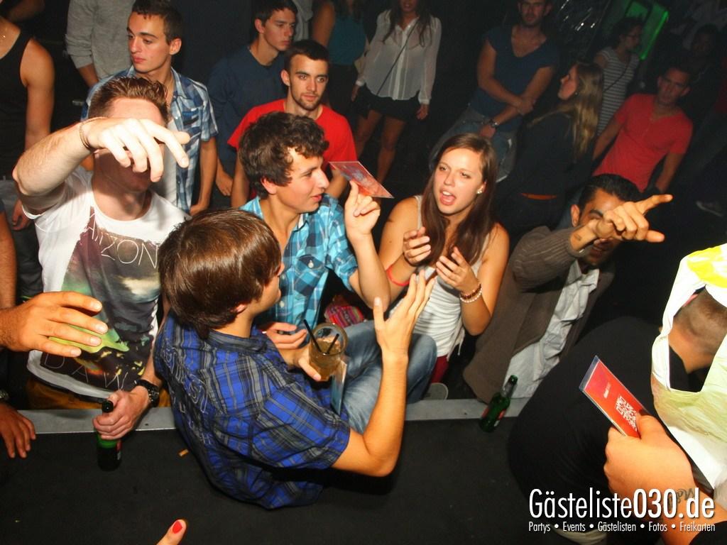Partyfoto #48 Q-Dorf 04.09.2012 Black Attack