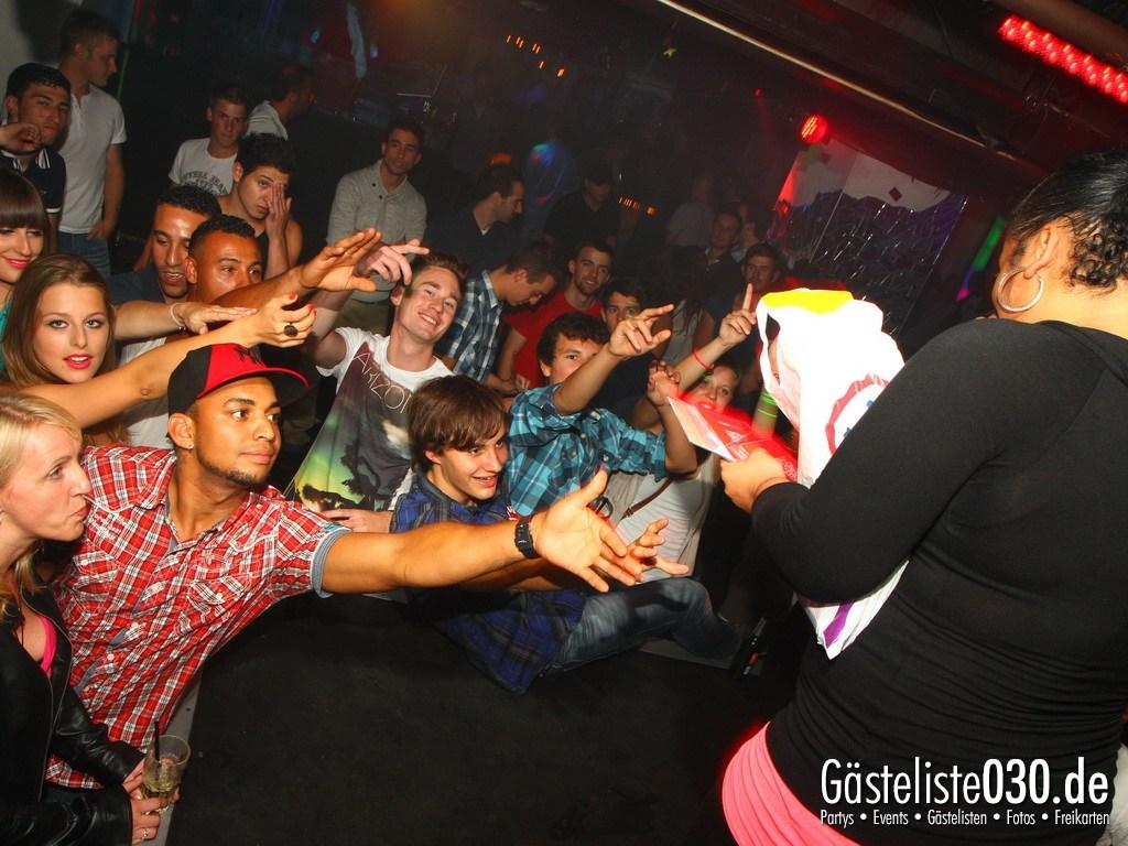 Partyfoto #50 Q-Dorf 04.09.2012 Black Attack