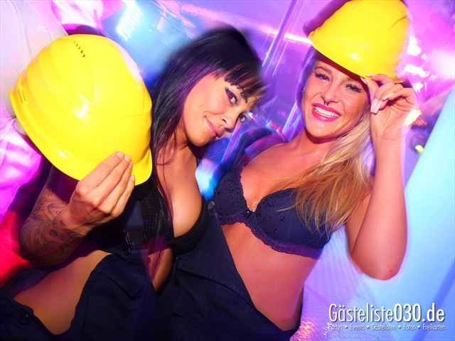 https://www.gaesteliste030.de/Partyfoto #123 Q-Dorf Berlin vom 24.10.2012