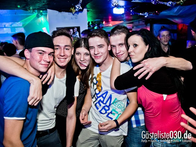 https://www.gaesteliste030.de/Partyfoto #191 Q-Dorf Berlin vom 13.10.2012