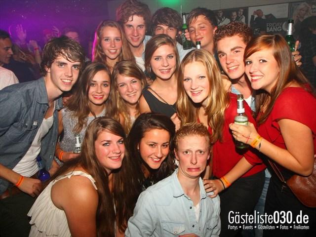 https://www.gaesteliste030.de/Partyfoto #7 Q-Dorf Berlin vom 13.10.2012