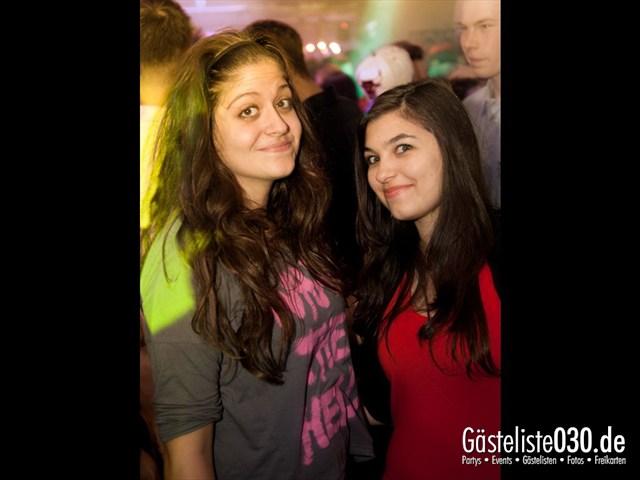 https://www.gaesteliste030.de/Partyfoto #17 Q-Dorf Berlin vom 13.10.2012