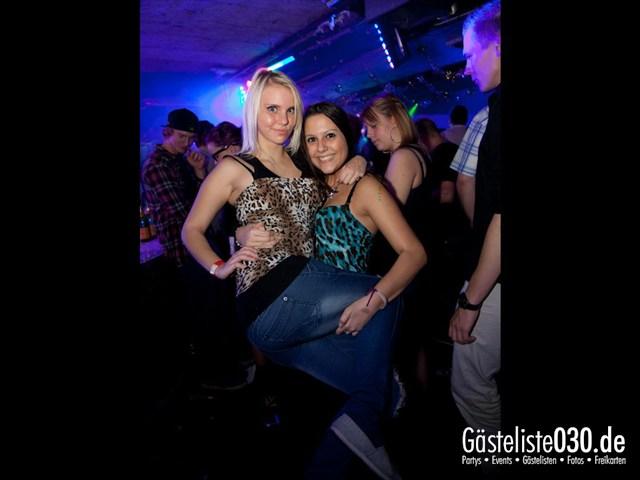 https://www.gaesteliste030.de/Partyfoto #169 Q-Dorf Berlin vom 13.10.2012