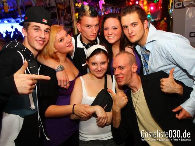 https://www.gaesteliste030.de/Partyfoto #147 Q-Dorf Berlin vom 28.09.2012