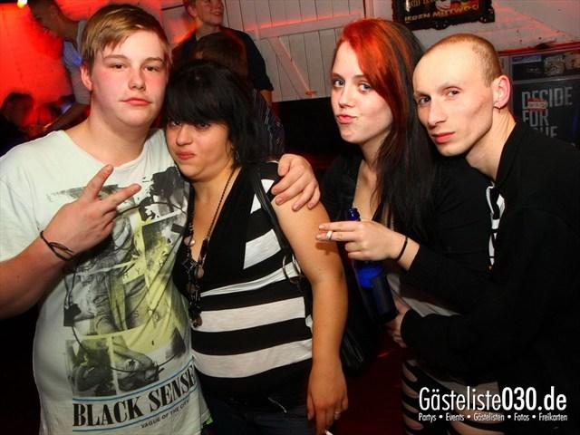 https://www.gaesteliste030.de/Partyfoto #141 Q-Dorf Berlin vom 28.09.2012
