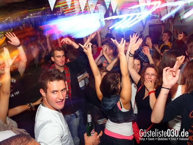 https://www.gaesteliste030.de/Partyfoto #13 Q-Dorf Berlin vom 28.09.2012