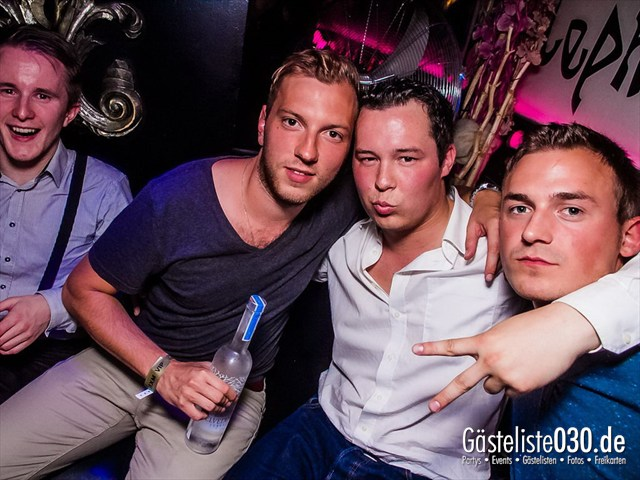 https://www.gaesteliste030.de/Partyfoto #31 Maxxim Berlin vom 06.08.2012