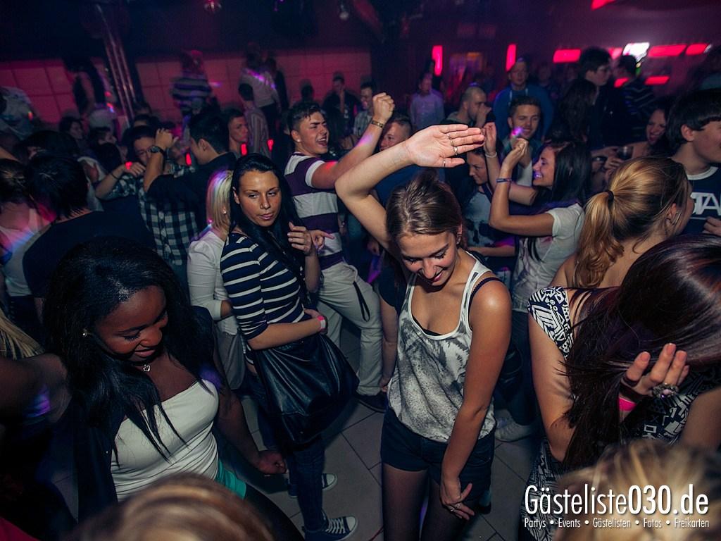 Partyfoto #48 Pulsar Berlin 12.10.2012 Impulsiva !!! Laut !!! Wild !!! Grenzenlos