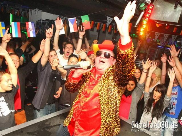 https://www.gaesteliste030.de/Partyfoto #135 Q-Dorf Berlin vom 08.06.2012