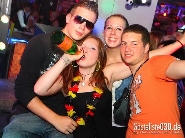 https://www.gaesteliste030.de/Partyfoto #185 Q-Dorf Berlin vom 08.06.2012