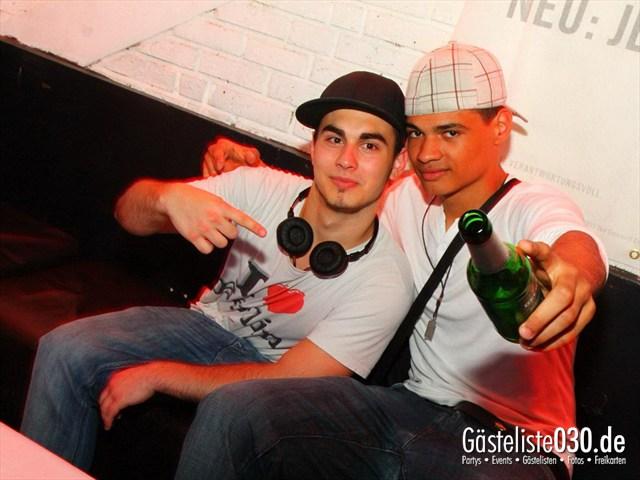 https://www.gaesteliste030.de/Partyfoto #123 Q-Dorf Berlin vom 08.06.2012