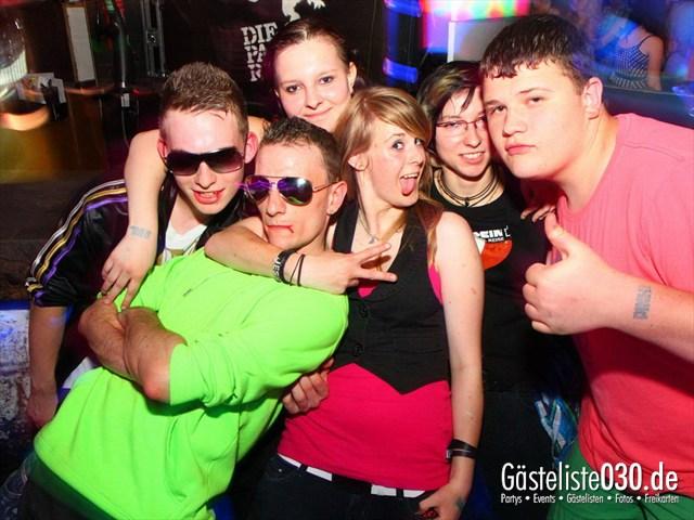 https://www.gaesteliste030.de/Partyfoto #184 Q-Dorf Berlin vom 08.06.2012