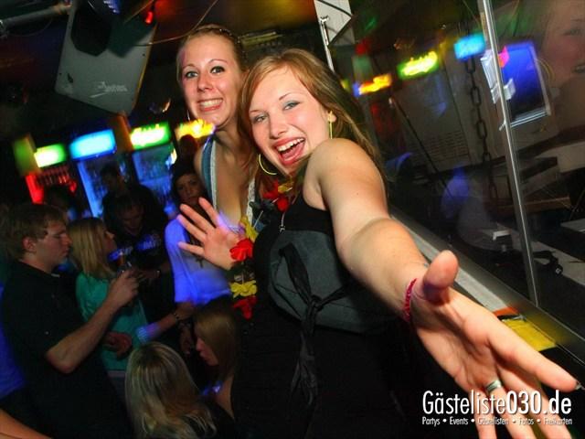 https://www.gaesteliste030.de/Partyfoto #71 Q-Dorf Berlin vom 08.06.2012