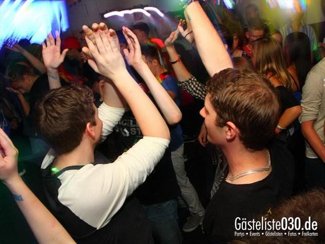 https://www.gaesteliste030.de/Partyfoto #174 Q-Dorf Berlin vom 08.06.2012