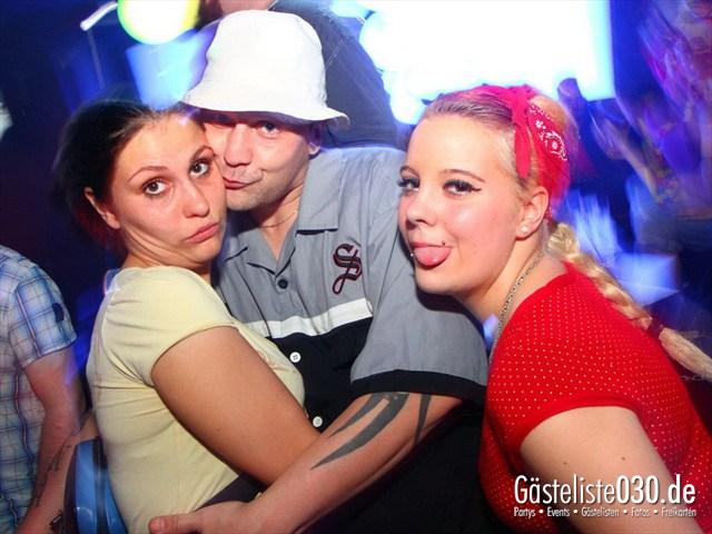 https://www.gaesteliste030.de/Partyfoto #186 Q-Dorf Berlin vom 08.06.2012