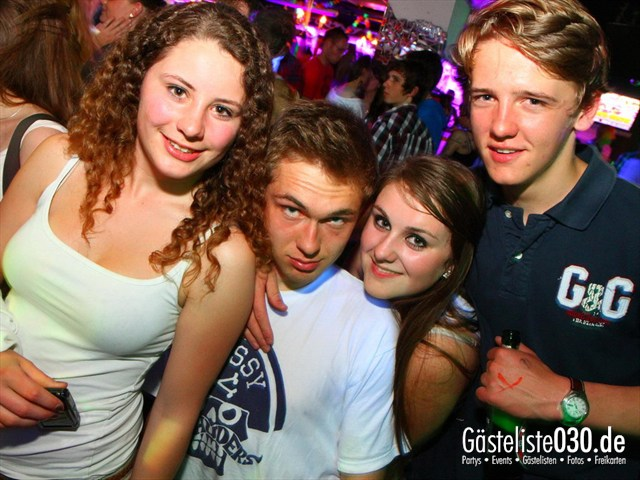 https://www.gaesteliste030.de/Partyfoto #31 Q-Dorf Berlin vom 10.05.2012