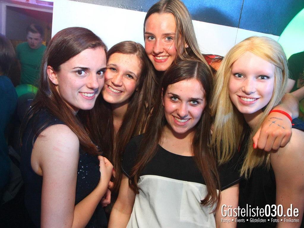 Partyfoto #50 Q-Dorf 09.05.2012 IHK Abschlussparty