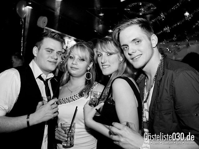 https://www.gaesteliste030.de/Partyfoto #23 Maxxim Berlin vom 06.01.2012