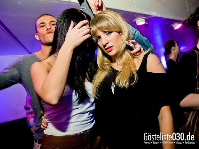 https://www.gaesteliste030.de/Partyfoto #55 Maxxim Berlin vom 17.12.2011