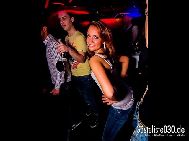 https://www.gaesteliste030.de/Partyfoto #40 Maxxim Berlin vom 02.01.2012