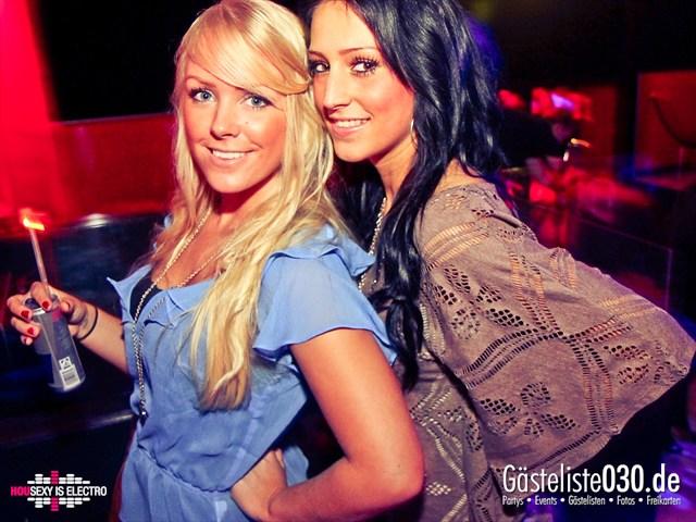 https://www.gaesteliste030.de/Partyfoto #130 China Lounge Berlin vom 16.12.2011