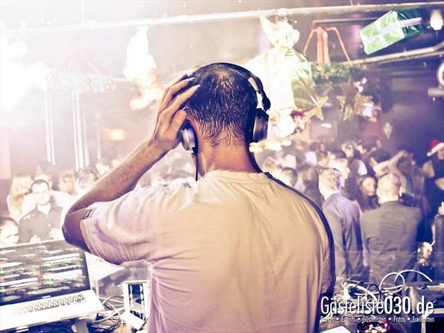 https://www.gaesteliste030.de/Partyfoto #43 Maxxim Berlin vom 24.12.2011