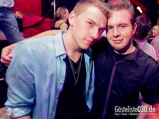 https://www.gaesteliste030.de/Partyfoto #94 China Lounge Berlin vom 16.12.2011