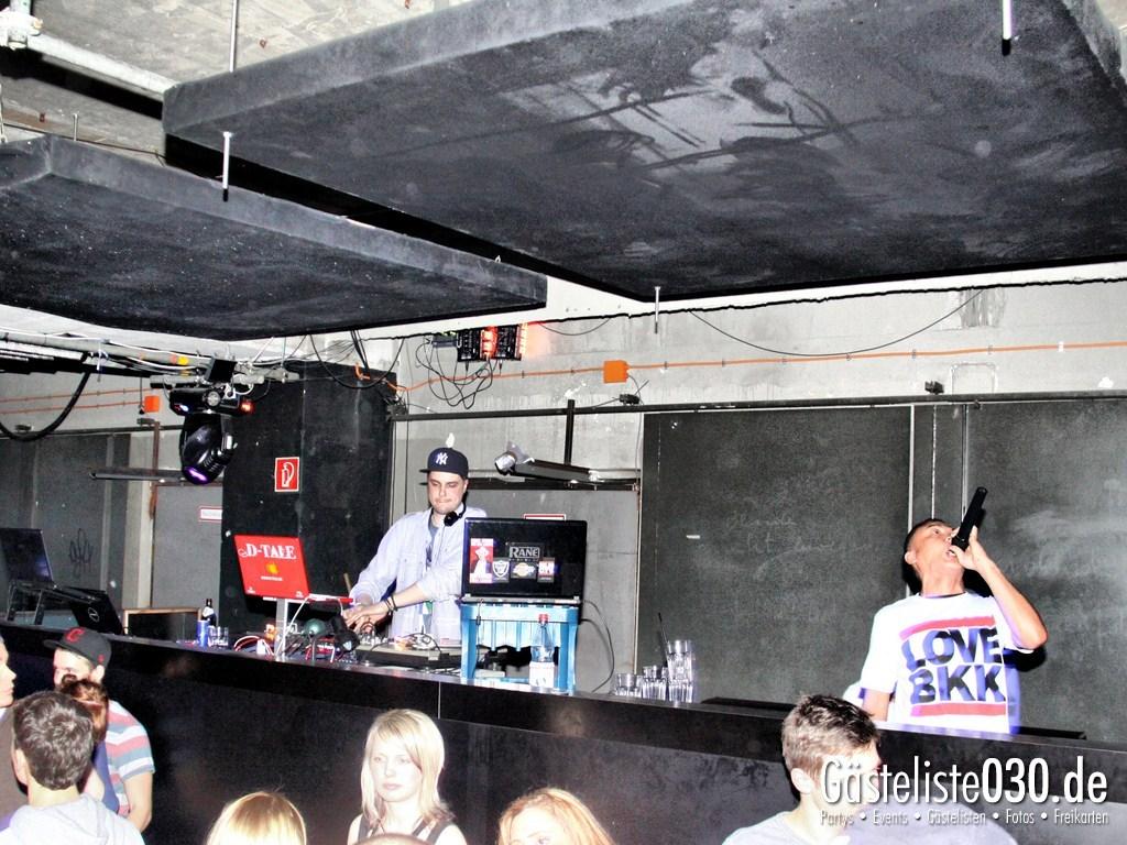 Partyfoto #50 2BE Club 17.03.2012 Blacklightdistrict