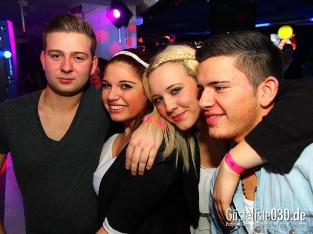 https://www.gaesteliste030.de/Partyfoto #198 Q-Dorf Berlin vom 21.12.2011