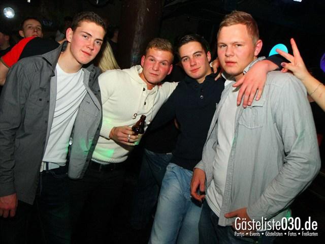 https://www.gaesteliste030.de/Partyfoto #143 Q-Dorf Berlin vom 27.01.2012