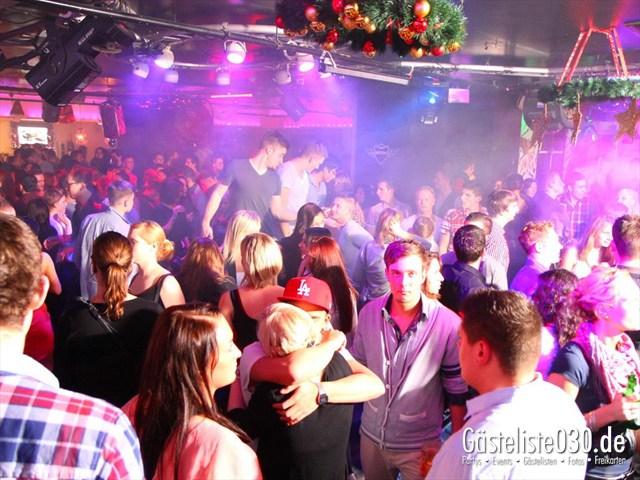 https://www.gaesteliste030.de/Partyfoto #117 Maxxim Berlin vom 29.12.2011