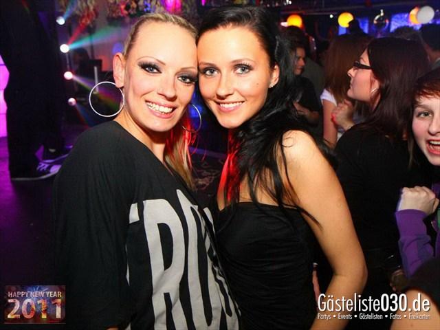https://www.gaesteliste030.de/Partyfoto #16 Q-Dorf Berlin vom 31.12.2011