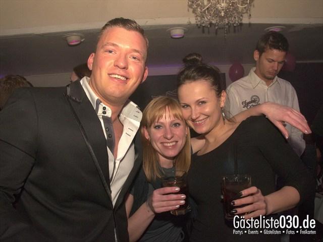 https://www.gaesteliste030.de/Partyfoto #115 Maxxim Berlin vom 10.12.2011