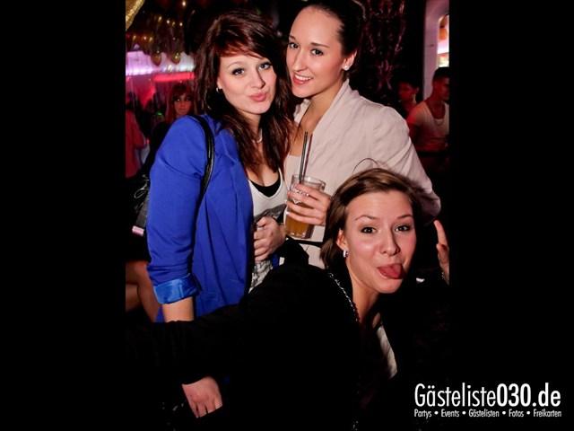 https://www.gaesteliste030.de/Partyfoto #92 Maxxim Berlin vom 16.12.2011