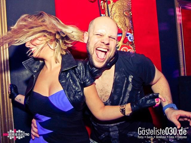 https://www.gaesteliste030.de/Partyfoto #159 China Lounge Berlin vom 16.12.2011