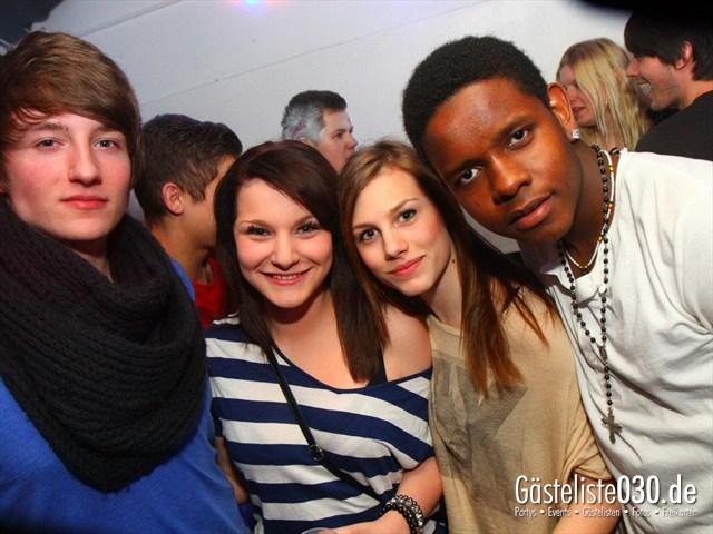https://www.gaesteliste030.de/Partyfoto #312 Q-Dorf Berlin vom 09.03.2012