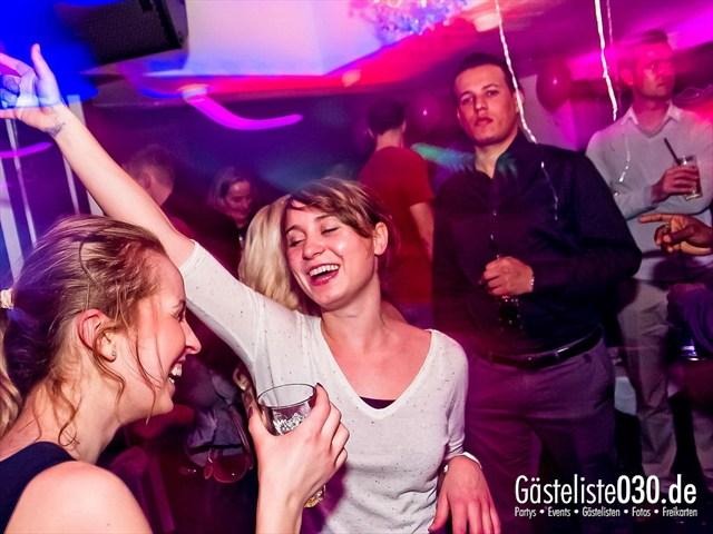 https://www.gaesteliste030.de/Partyfoto #12 Maxxim Berlin vom 10.12.2011