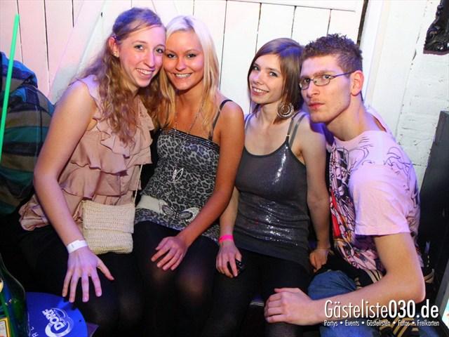 https://www.gaesteliste030.de/Partyfoto #129 Q-Dorf Berlin vom 17.12.2011