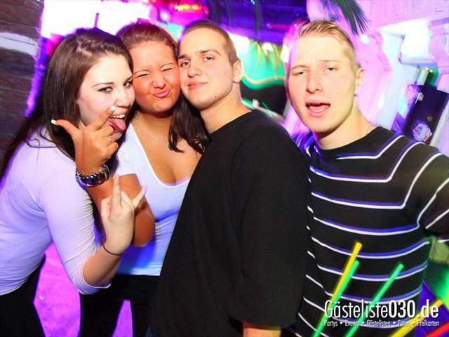 https://www.gaesteliste030.de/Partyfoto #103 Q-Dorf Berlin vom 14.12.2011
