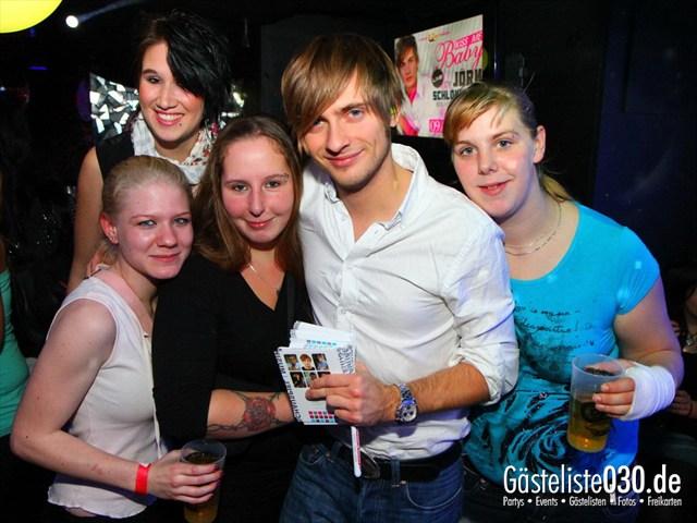 https://www.gaesteliste030.de/Partyfoto #82 Q-Dorf Berlin vom 09.12.2011