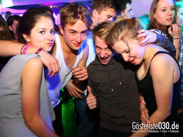 https://www.gaesteliste030.de/Partyfoto #80 Q-Dorf Berlin vom 21.12.2011