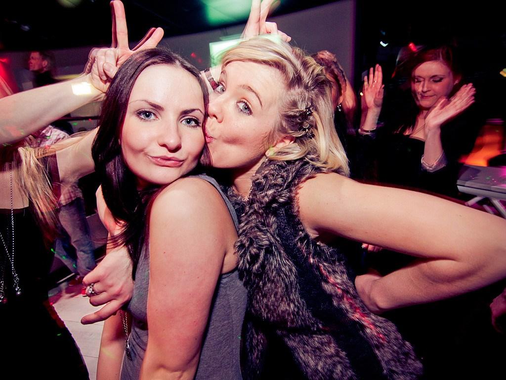 Partyfoto #50 E4 27.01.2012 E4 präsentiert die Maskenparty