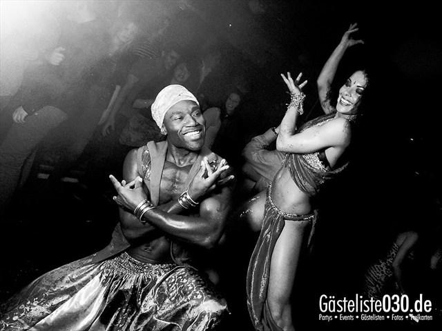 https://www.gaesteliste030.de/Partyfoto #129 Maxxim Berlin vom 19.12.2011