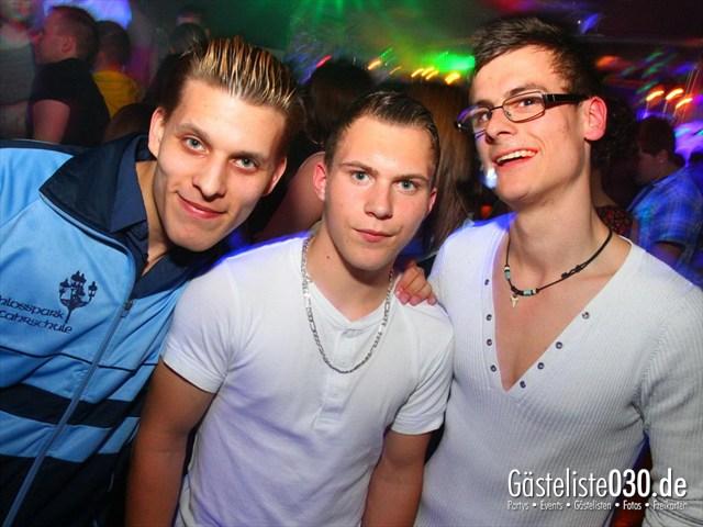 https://www.gaesteliste030.de/Partyfoto #198 Q-Dorf Berlin vom 21.04.2012