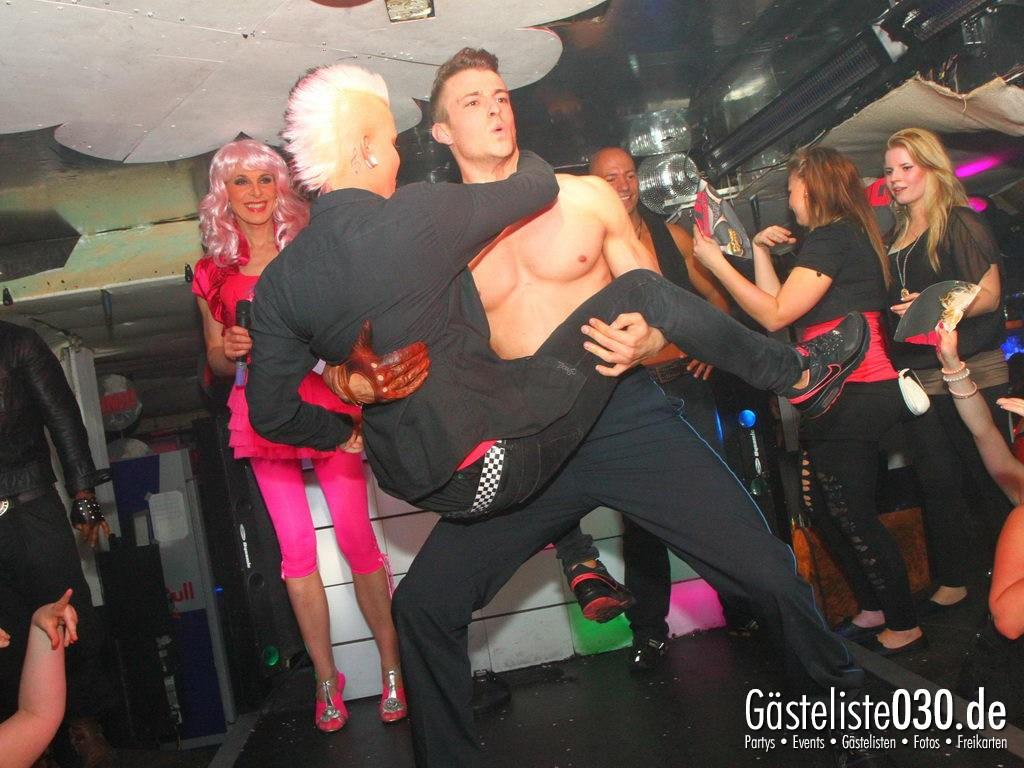 Partyfoto #49 Q-Dorf 04.05.2012 Pink!