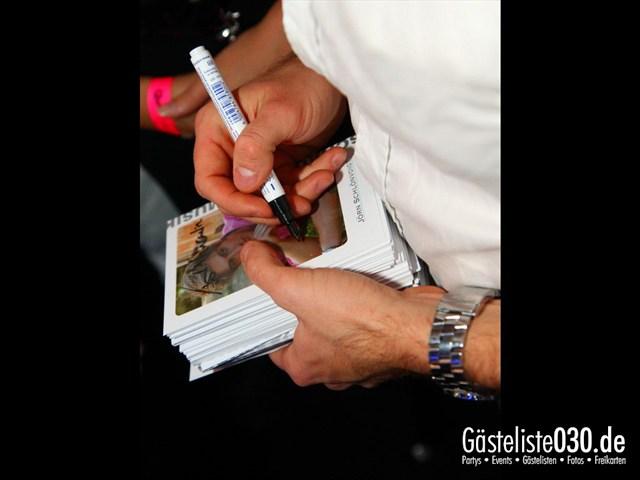 https://www.gaesteliste030.de/Partyfoto #185 Q-Dorf Berlin vom 09.12.2011