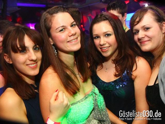 https://www.gaesteliste030.de/Partyfoto #122 Q-Dorf Berlin vom 09.03.2012